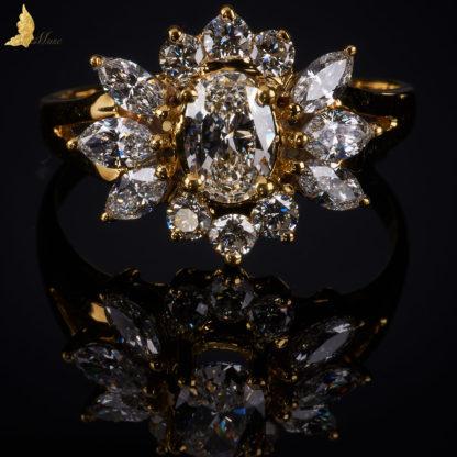 Romantyczny Kwiat Lotosu w żółtym złocie 18K
