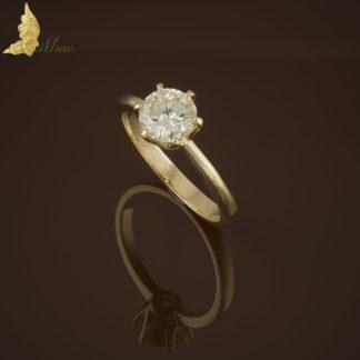 Klasyczny solitaire wykonany ręcznie na zamówienie z dowolnym brylantem i kolorem złota