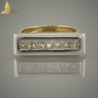 Pierścionek geometryczny sygnet z diamentami princess ok. 1 ct w 18K złocie