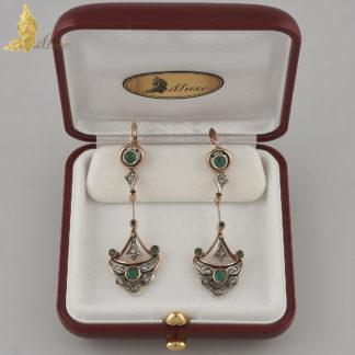 Kolczyki z Kolumbii ze szmaragdami i brylantami w srebrze i różowym złocie