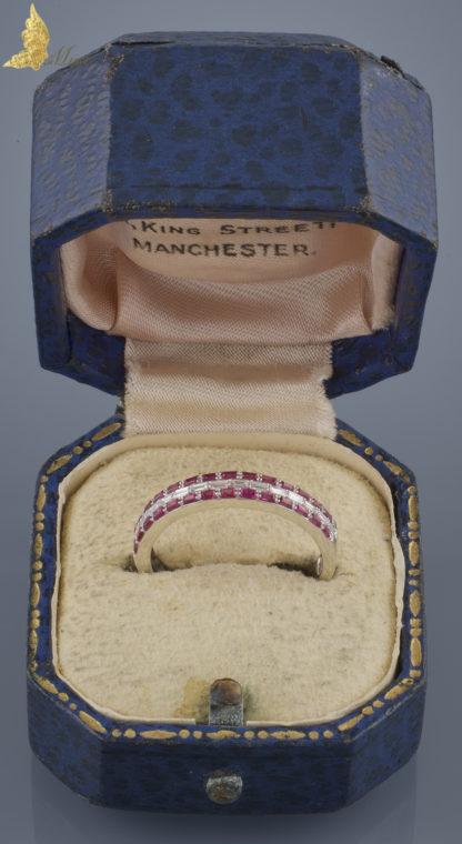 Półobrączka z brylantami i rubinami w białym złocie 14K