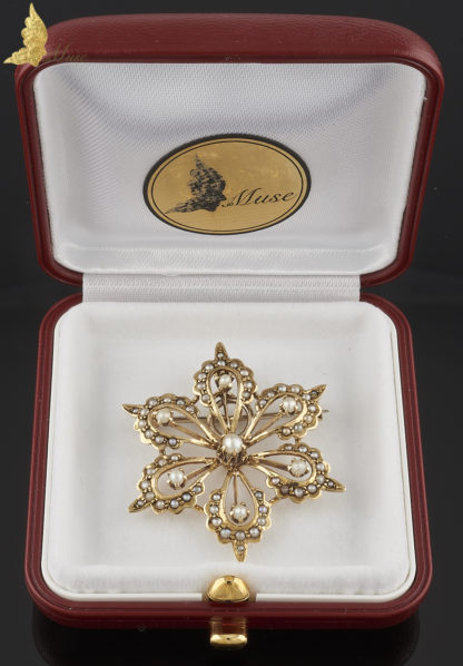 Powojenny broszo - wisior z perłami