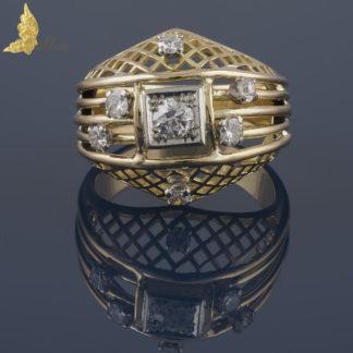 Francuski ażurowy pierścień z brylantami w 18K żółtym złocie, I poł. XX w.